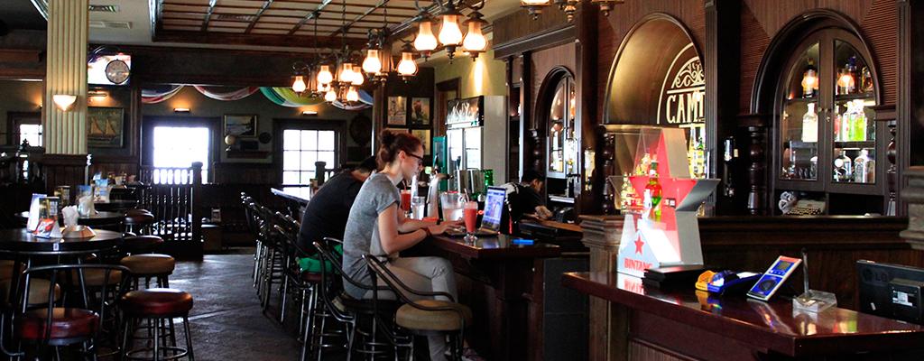 Camden Bar, Cikini